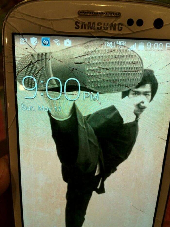 celular-display-quebrado_2