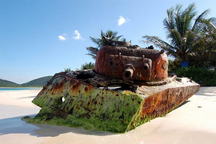 tanques-de-guerra-abandonados_1