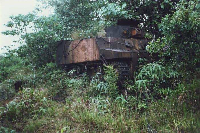 tanques-de-guerra-abandonados_12