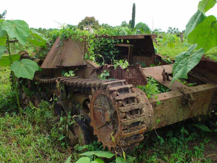 tanques-de-guerra-abandonados_14
