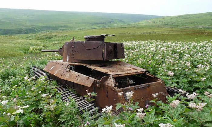 tanques-de-guerra-abandonados_33