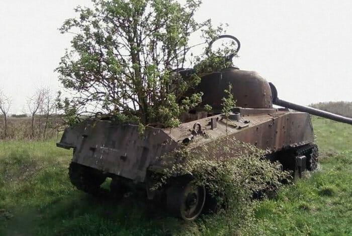 tanques-de-guerra-abandonados_8
