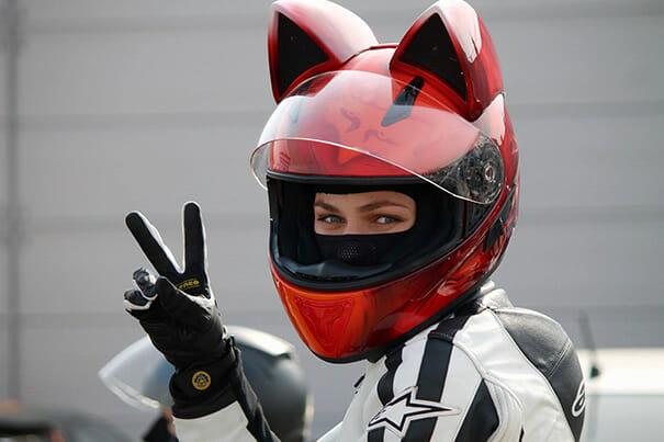 capacete-moto-orelhas-gato_6