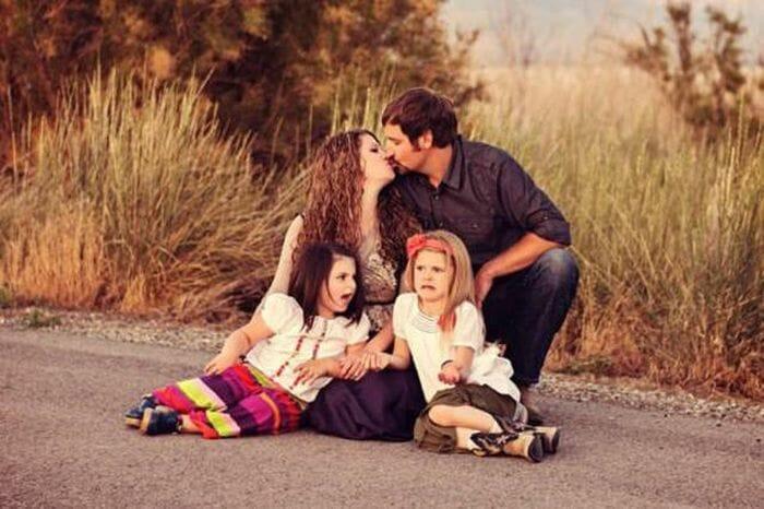 criancas-arruinando-fotos-familia_15