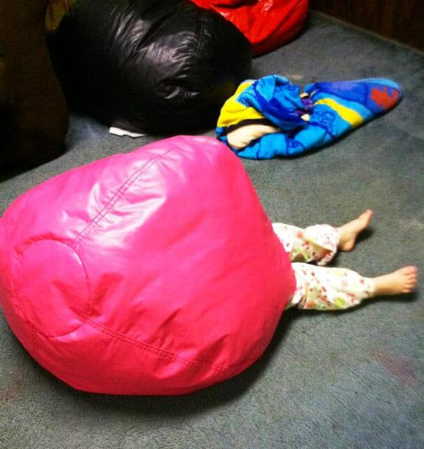 criancas-mestres-esconde-esconde_12