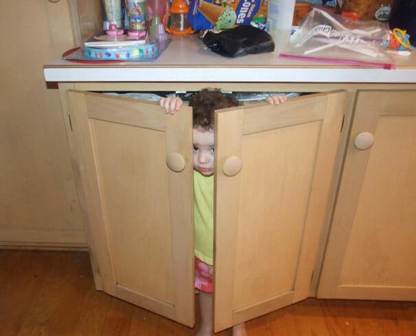 criancas-mestres-esconde-esconde_14