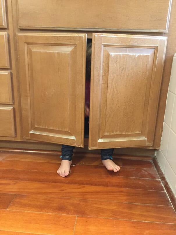 criancas-mestres-esconde-esconde_25