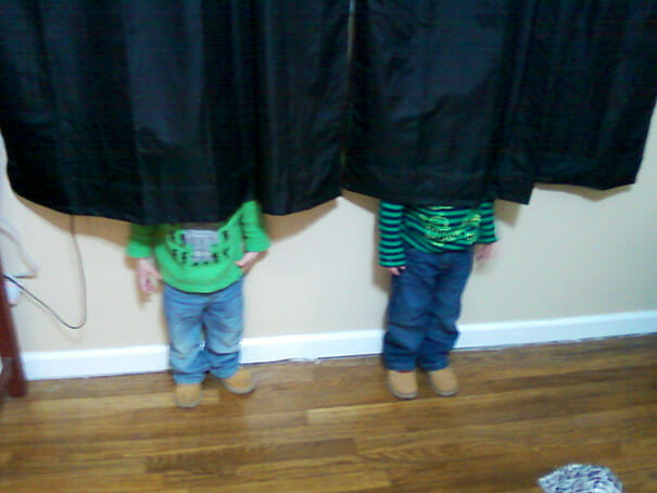 criancas-mestres-esconde-esconde_40