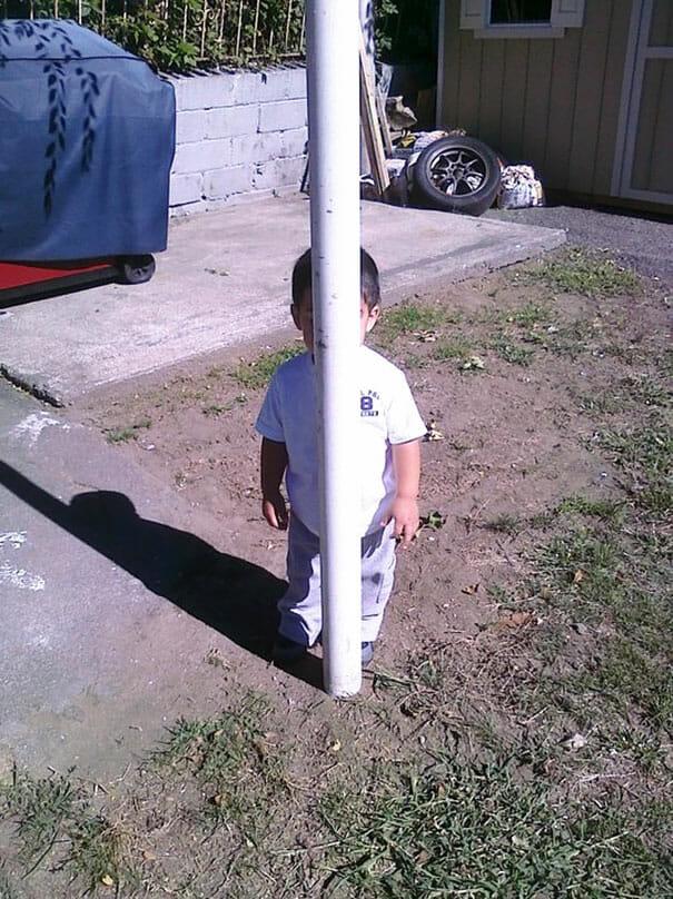 criancas-mestres-esconde-esconde_60