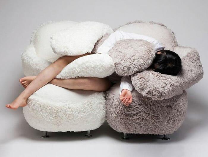 free-hug-sofa_1