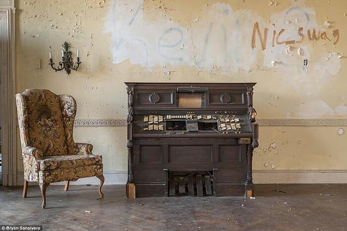 interior-mansao-abandonada_13