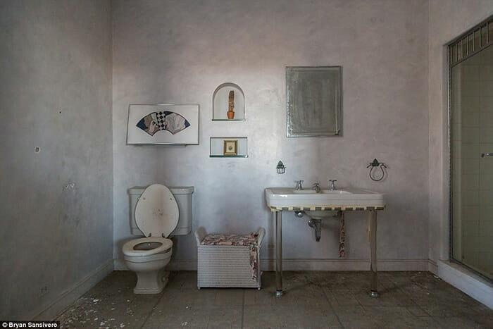 interior-mansao-abandonada_16