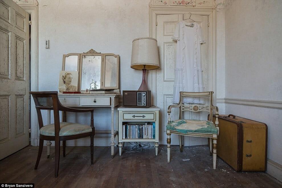 interior-mansao-abandonada_20