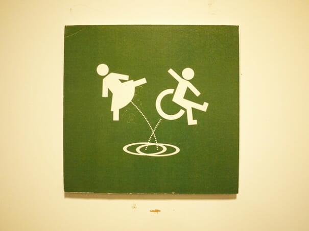 placas-de-banheiro-criativas_20