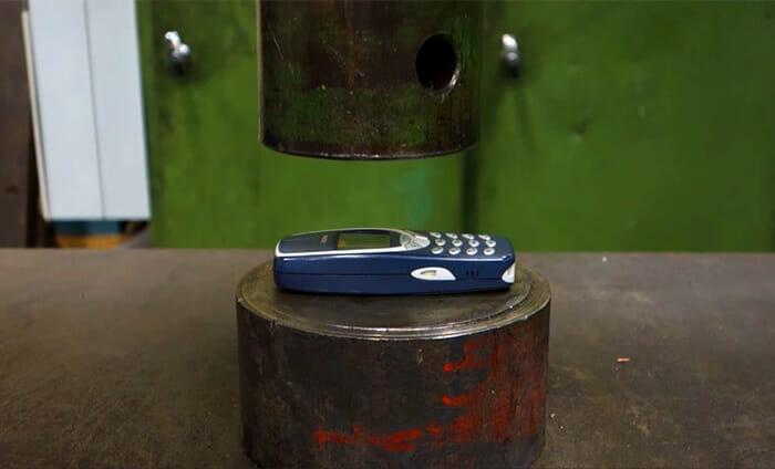 teste-compressao-nokia-3310