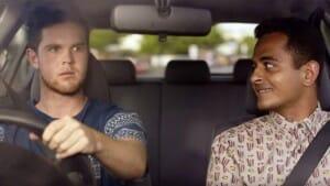 Campanha hilária tenta conscientizar motoristas a não enviar mensagens ao dirigir