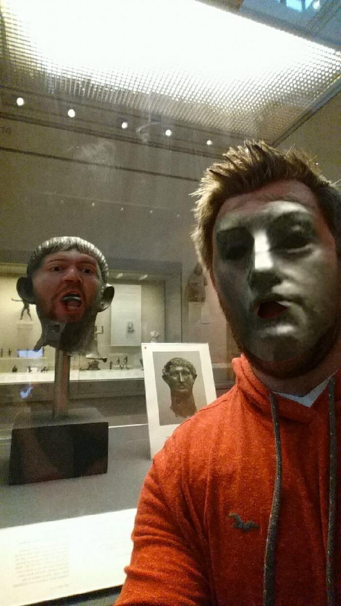 trocando-faces-no-museu_10