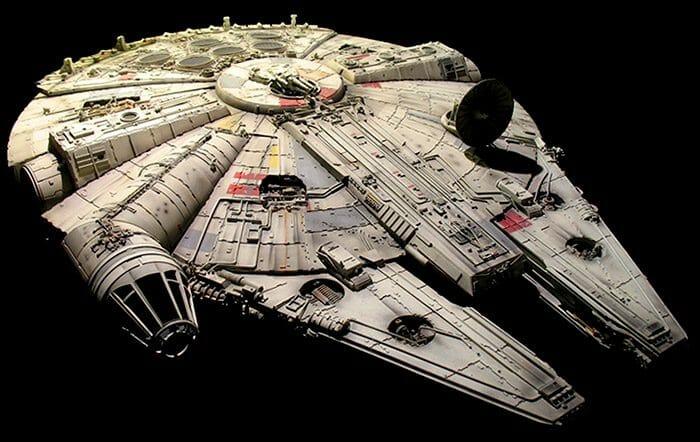 12 Curiosidades que Você Talvez Não Saiba Sobre a Millennium Falcon