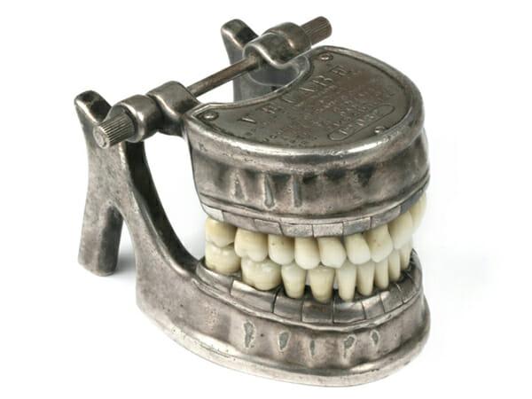 aparelhos-dentistas-antigamente_10
