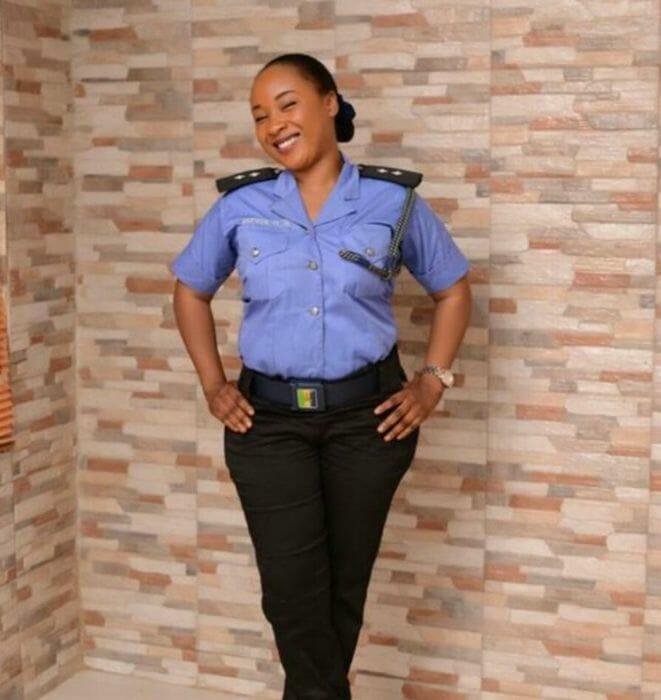 mais-lindas-policiais_11
