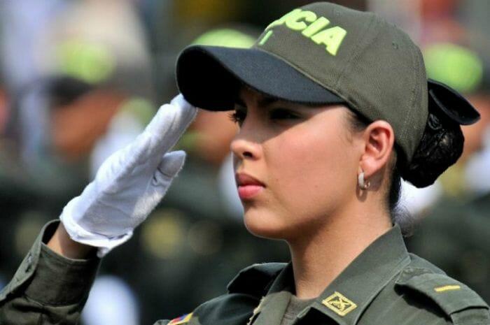 mais-lindas-policiais_21