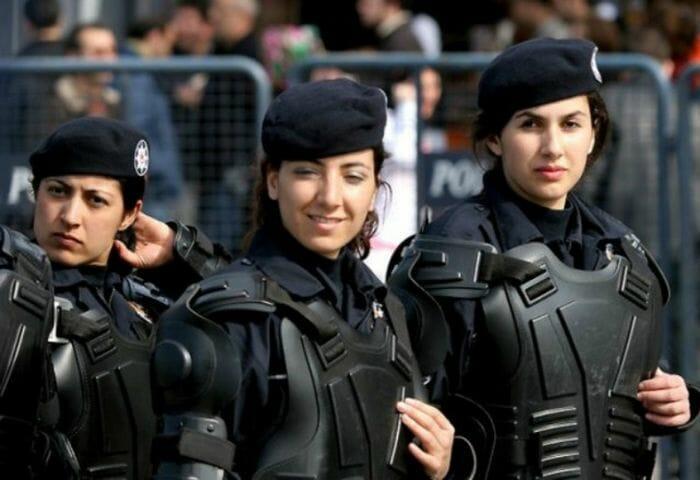 mais-lindas-policiais_5