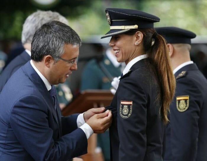 mais-lindas-policiais_8