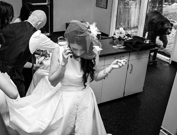 20 Fotos Provam que Casamentos não Precisam ser Perfeitos