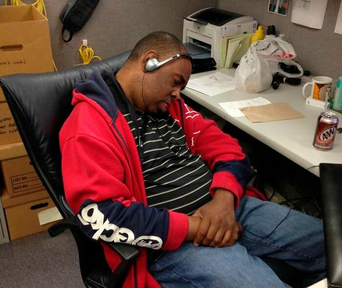 15 Ideias Sobre o Que Fazer No Trabalho Para Espantar o Tédio
