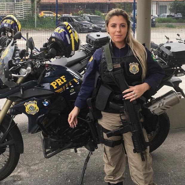 mulheres policiais lindas Brasil