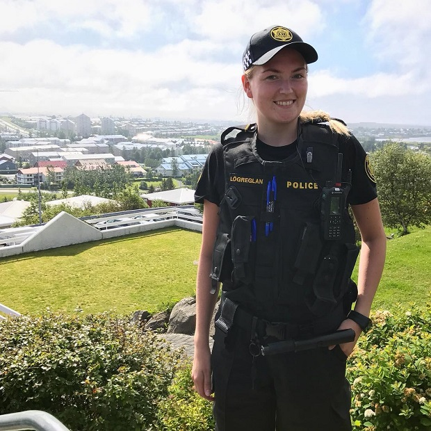mulheres policiais lindas Islândia