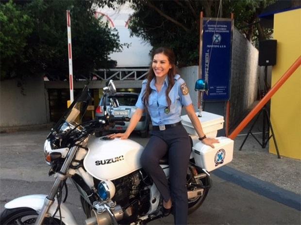 mulheres policiais lindas Grécia
