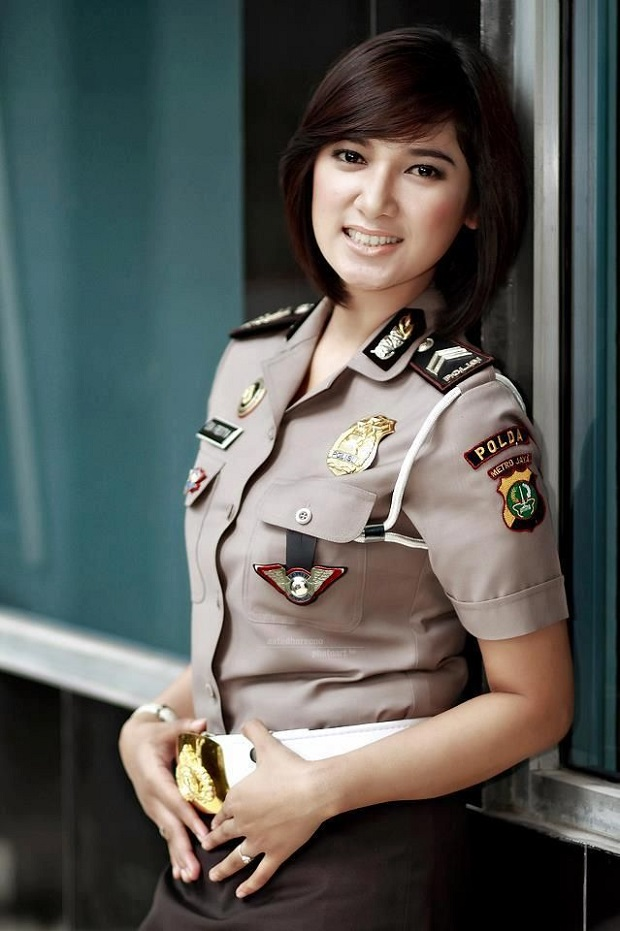 mulheres policiais lindas Indonésia
