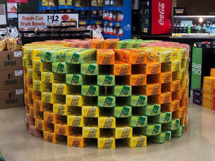 display na Safeway nos EUA, organizado por um repositor